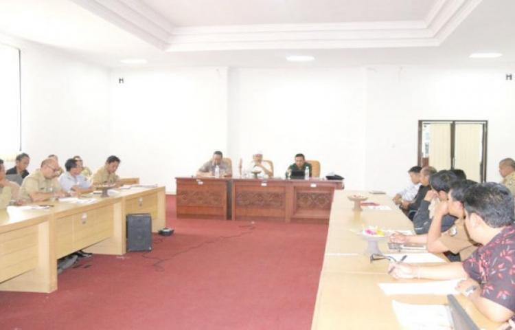 Focus-Group-Discussion-Tentang-Pemanfaatan-Danau-di-Museum-Geopark-Batur.html