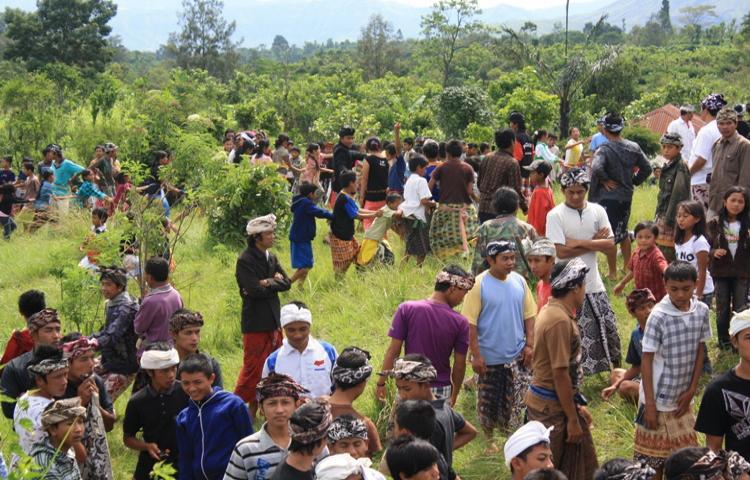 Tradisi-Megoakgoakan-tradisi-Nyepi-Desa-di-Kintamani.html